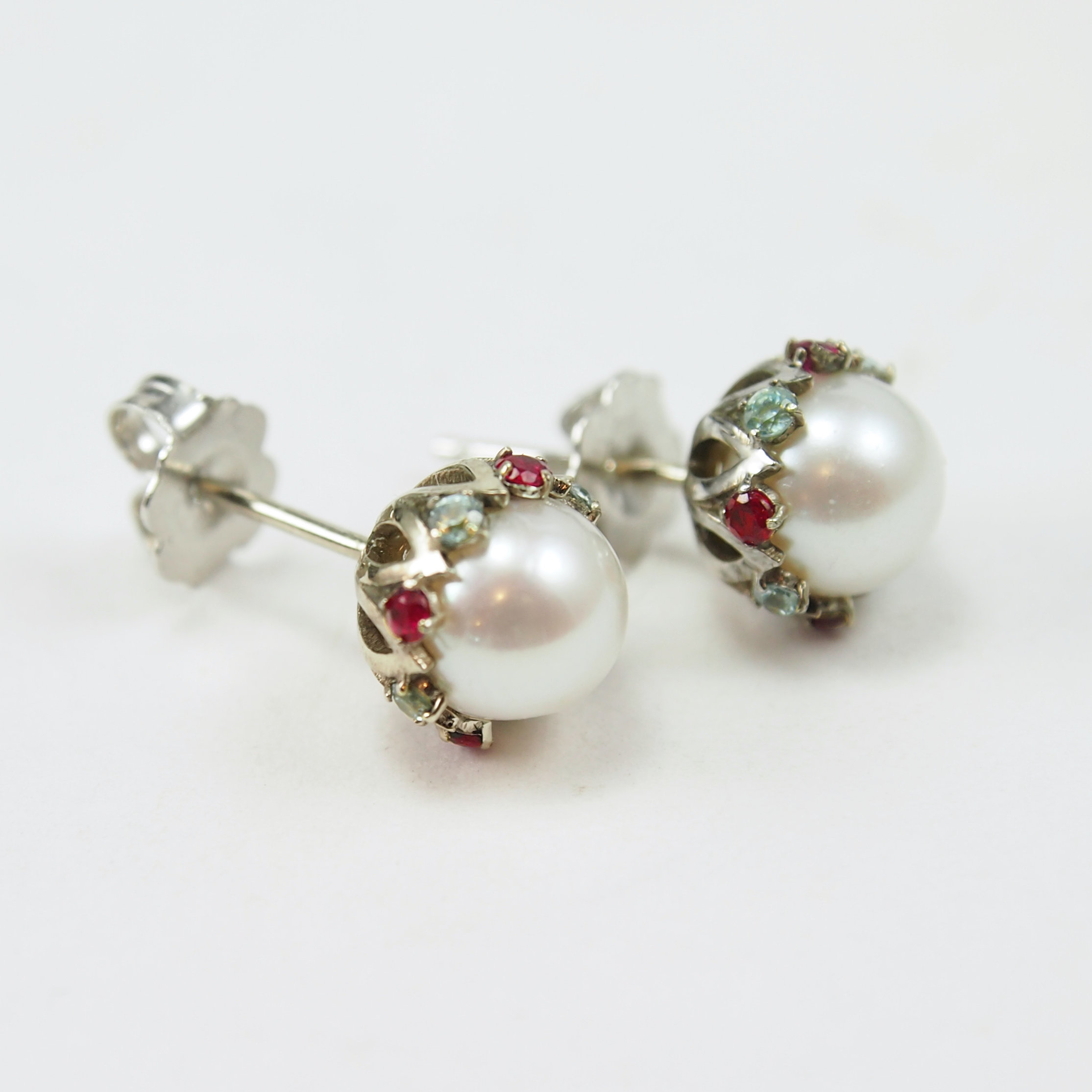 Pearl earrings for Mother's Day