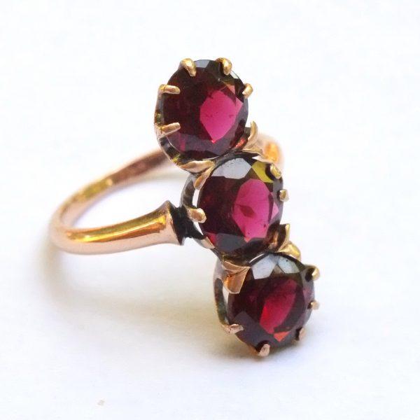 victorian garnet three stone ring